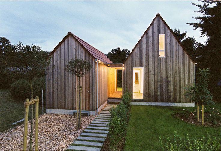 Die besten 25 winzige h user ideen auf pinterest for Holzhaus kleinhaus