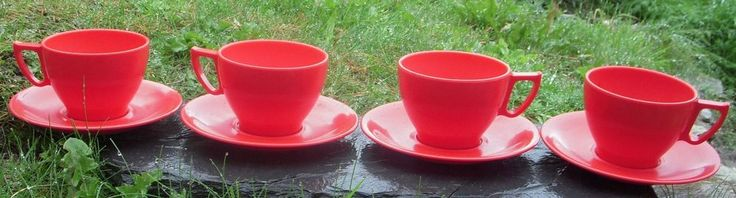 4 x Red Cups and Saucers Brentware Melamine Retro/Vintage