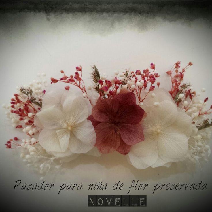Tiara de hortensias  preservadas NOVELLE novias#boda #getxo #novellenovias #novias #florpreservada #comunion#arras