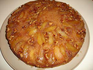 Μία ακόμη κλασσική και καλή συνταγή για μηλόπιτα  1ο Στάδιο  Υλικά 1 βιτάμ 4-5 μήλα καθαρισμένα και κομμένα σε φέτες 1 1/2 φλιτζάνι του τσα...