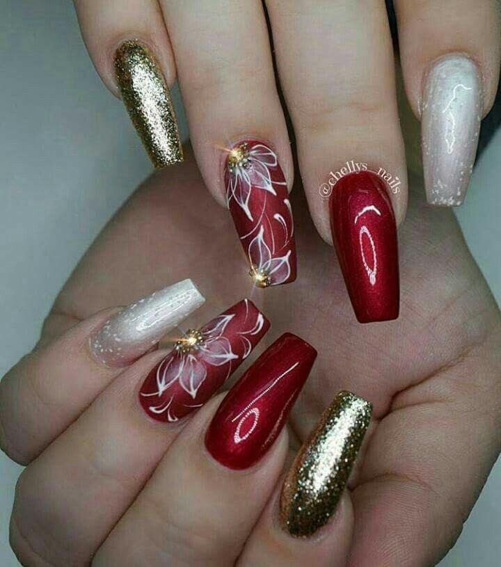 Pretty Christmas nails.