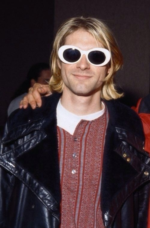 "kurt cobain informative speech Kurt cobain informative speech essay 1990 words oct 26th, 2013 8 pages ""i  remember watching kurt come through and thinking, ""god, this music is nuclear,"" ."