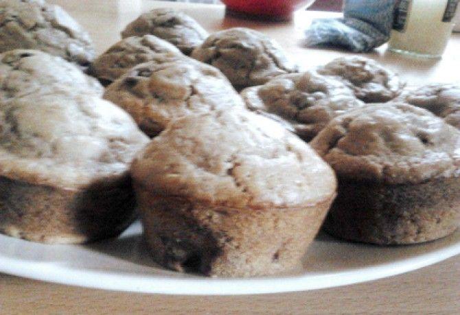 Gesztenyés muffin rumos meggyel