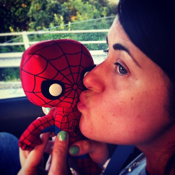 """Ci stiamo innamorando @screenweekit @igersmarche #igersitalia_swspidermantour #spiderman #puppets"" #amazingspiderman"