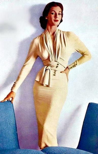 Nina Ricci, 1952.