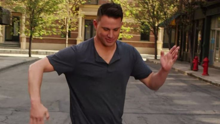 Watch Channing Tatum nail 7 classic dance moves in 30 seconds