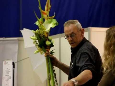 Fred Zuidgeest - Bouquet with heliconia - YouTube