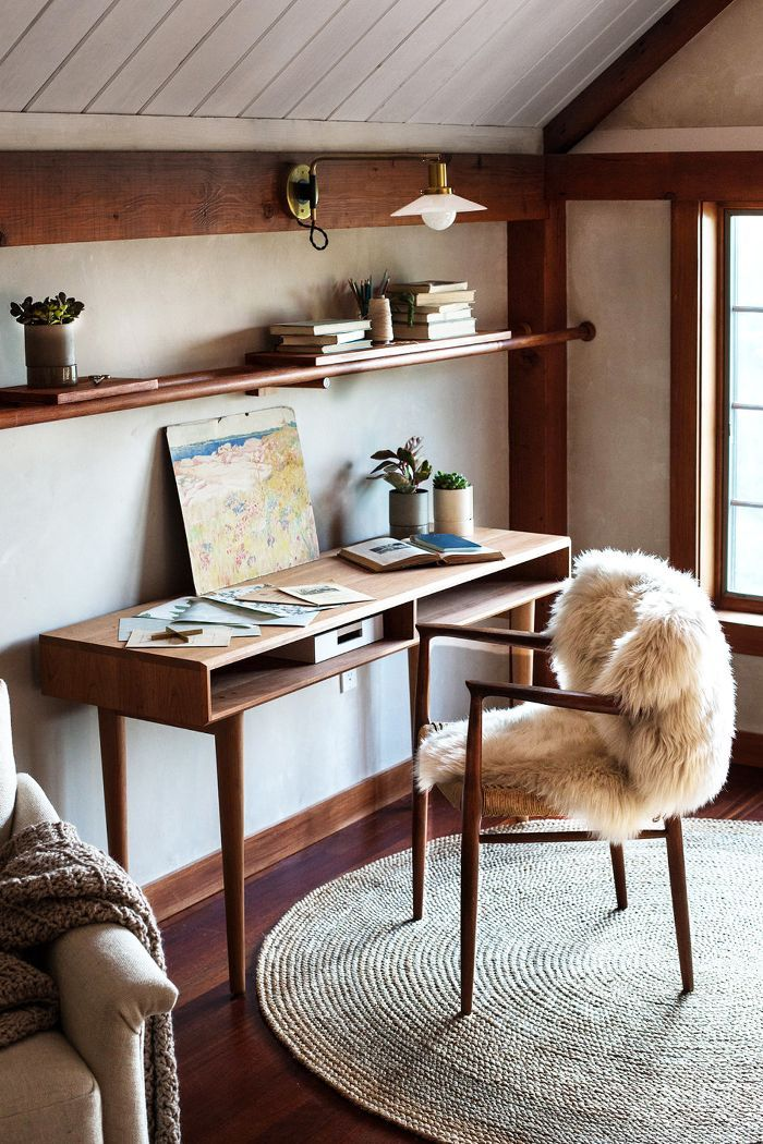 10 Ways To Design A Chic But Functional Home Office Interior Home Office Decor Feng Shui Office Colours