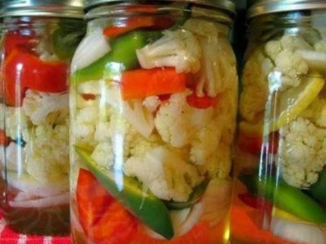Zamechatelnaya Marinovannaya Cvetnaya Kapusta Eto Prosto Obedenie Pickled Cauliflower Canning Recipes Stuffed Peppers