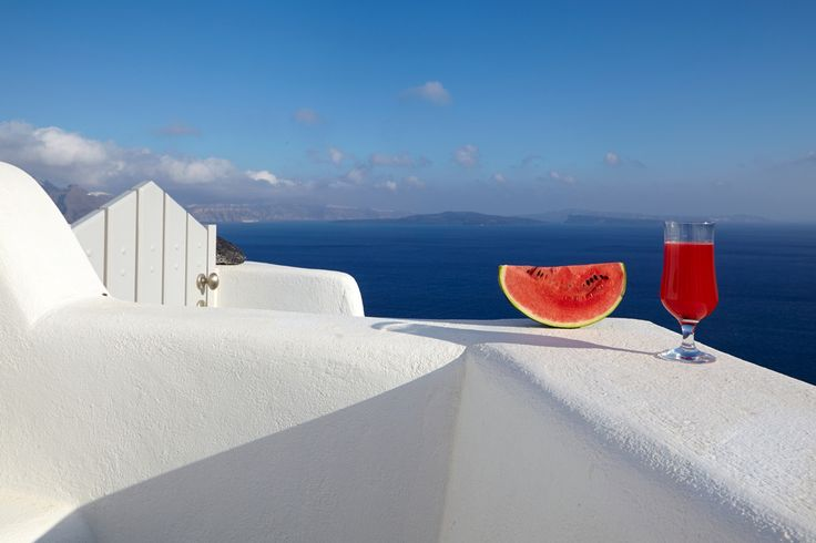 Another amazing photo of a view in Santorini by Photographer Antonis Elefhterakis