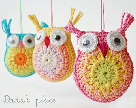 """If you know me by now, you will know that I ADORE all owl crafts. And I am particularly in love with cute (and free) crochet patterns. Here is a wonderfully cute little owl corchet pattern, that is just too lovely to """"pass up"""". Take a look at thise wonderfully colourful owl ornaments. They would…"""