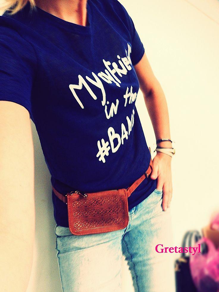 T-Shirt Atmosphere, Bum Bag - New look