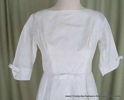"Sweet Vintage 60's White Satin Wedding Gown Bridal Dress w Train Bust 31"""