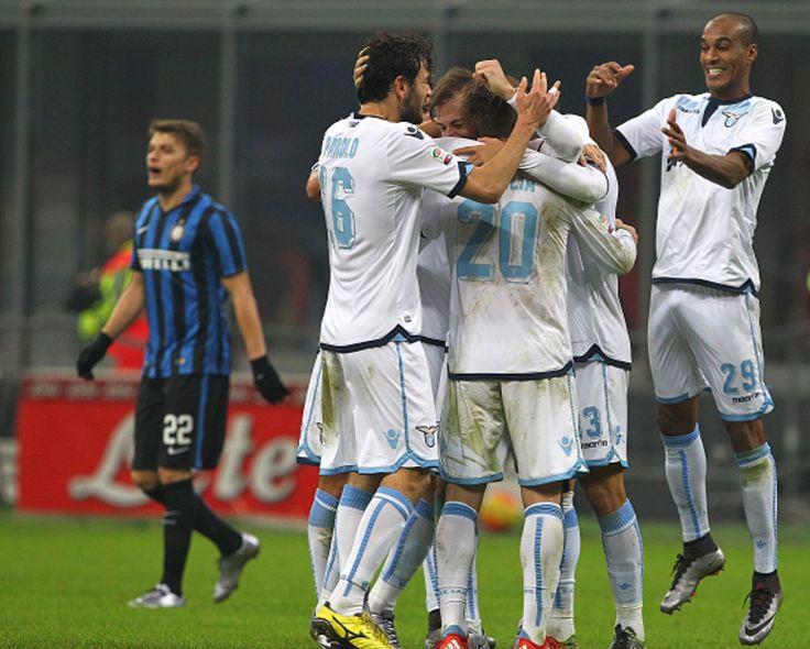 @Lazio Passo falso dell'Inter, che perde in casa contro la Lazio: mattatore assoluto Candreva con una doppietta, momentaneo pari di Icardi #9ine