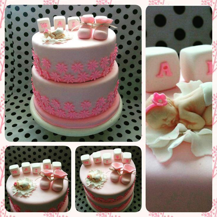 Torta baby shower para niña. Recuerda que me puedes seguir en fcb como Tortas Más Que Migas y instagram @masquemigas