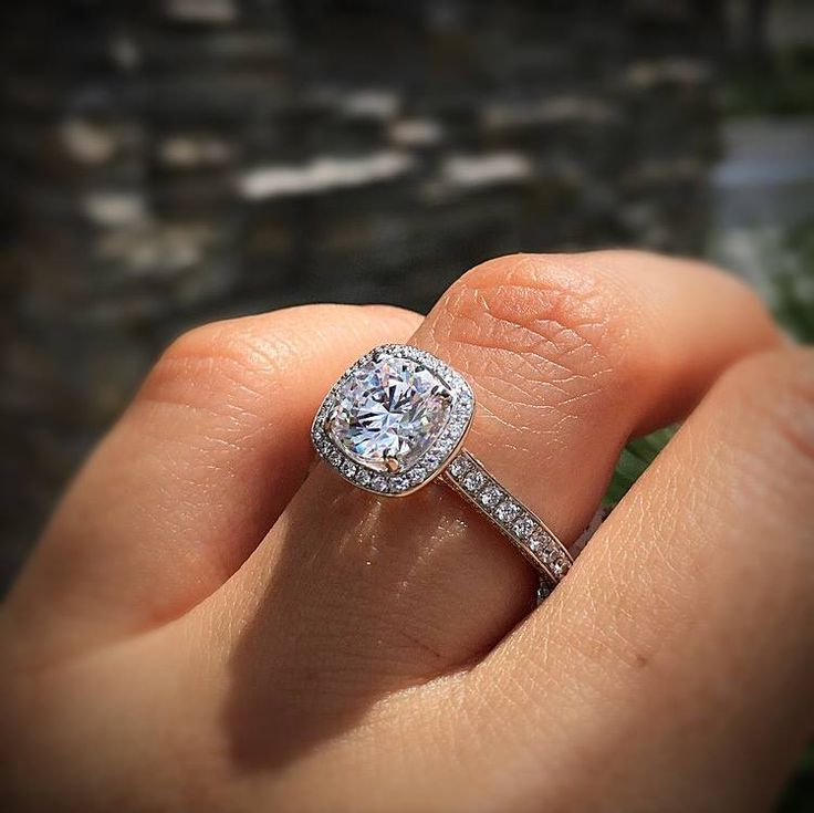 A.Jaffe halo engagement ring with quilted detailing. halo engagement rings pros and cons