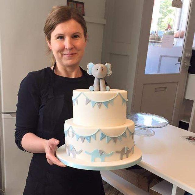 #elefantkage #dåbskage #baptismcake #babycake #bryllupskage #elephantcake #flottekage #smukkekage #københavn #københavnskage #copenhagen #copenhagencakes #bakemyday #amager