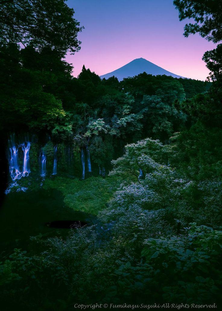 Mt. Fuji with Shiraito Falls in Shizuoka, Japan | Fumikazu Suzuki 白糸の滝
