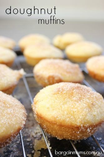 These quick and easy doughnut muffins taste just like a fresh cinnamon donut, and can even be filled with jam.