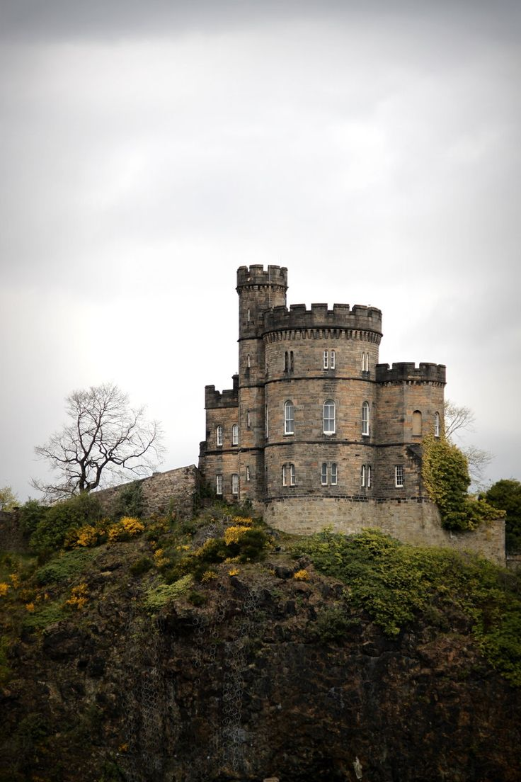 Calton Hill by ~black-amber  Photography / Architecture / Statues & Monuments©2012 ~black-amber  Edinburgh, Scotland