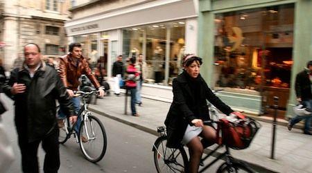 Cheap Paris bike rentals when Velib won't cut it. Also: bike tours