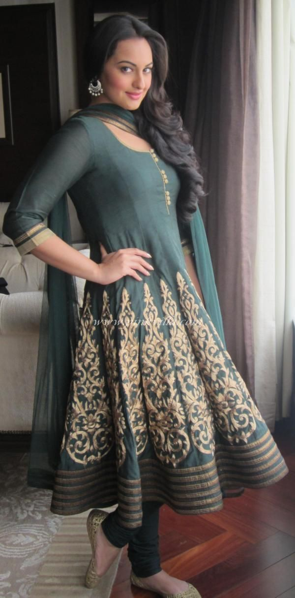 sonakshi sinha in an anarkali bollywood fashion