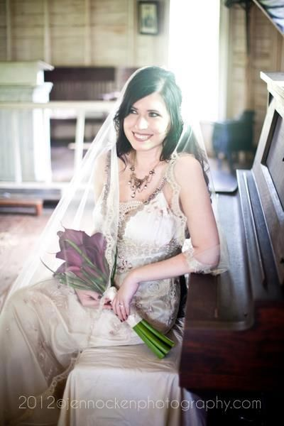What a stunning real bride in Midnight...congratulations Meronaca!