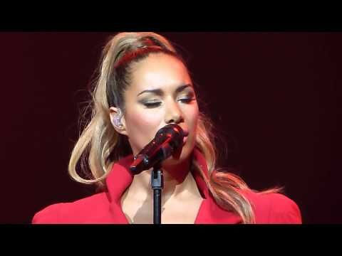 ▶ Leona Lewis 'A Moment Like This' live Nottingham Royal Concert Hall 30.04.13 HD - YouTube