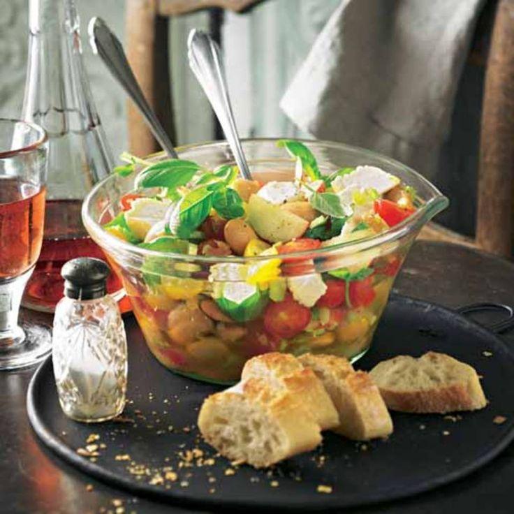 Tomaten-Bohnen-Salat mit Schafskäse