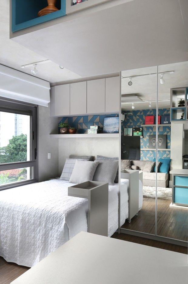 Primeiro apartamento de jovem tem 34 m², decoração industrial e pop art (Foto: Mariana Orsi/Divulgação)