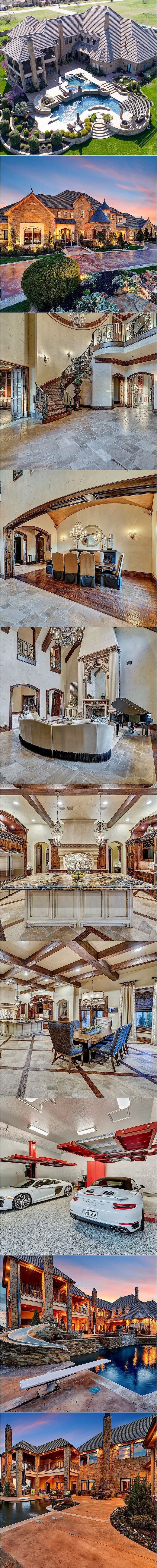 Extraordinary Montserrat estate sprawling over 2 acres with beauty luxury throughout. Masterfully designed with no detail left out. Step into the grand foyer with soaring ceilings stunning stone wood detail. Entertain with ease in the formal living dining areas. Casual living dining, wet bar, playroom, media room, handsome study guest bedroom downstairs. Gourmet kitchen with […]