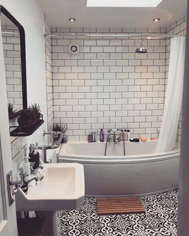 Devon Stone Black Feature Floor Tile 33x33cm Small Bathroom Makeover Bathroom Design Bathroom Interior Design