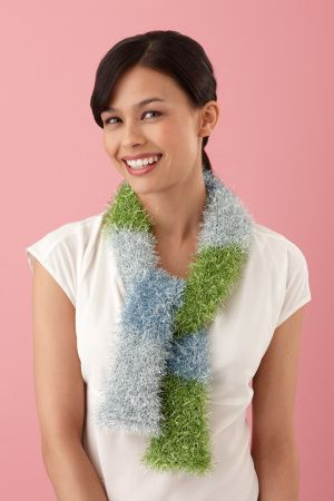 Ombre Scarf - love this look. Would knit or crochet instead of using a loom.