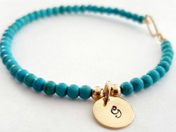 Bracelet Gourmette turquoise monogramme par VenexiaJewelry sur Etsy