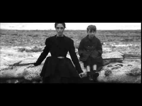Fashion story: MariaCarla Boscono by Peter Lindbergh - September 2014