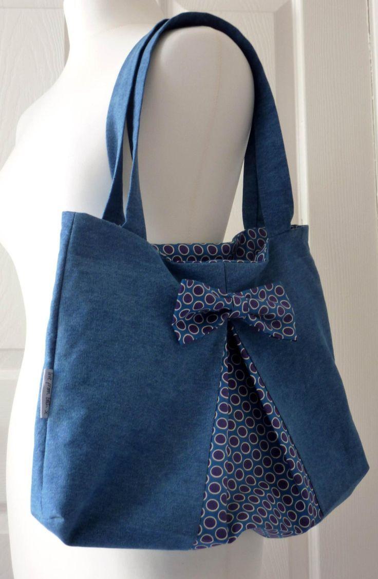 Easy Bow Bag PDF sewing pattern | Etsy   –  #fabriccraftsDIY #fabriccraftsFashio…