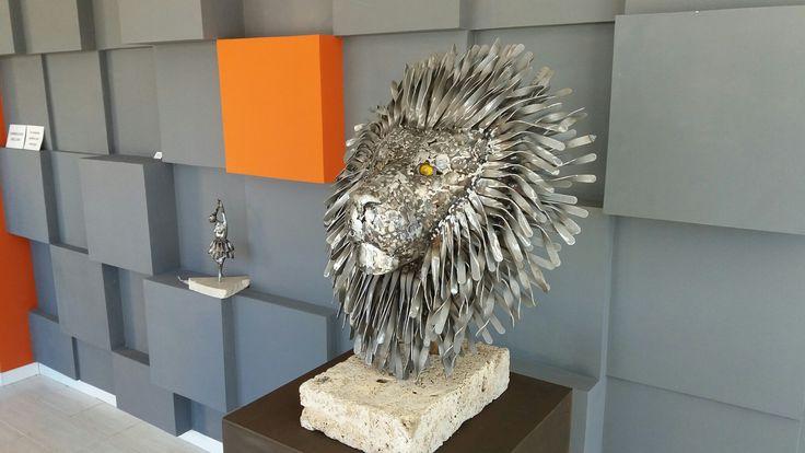 Metal lion head