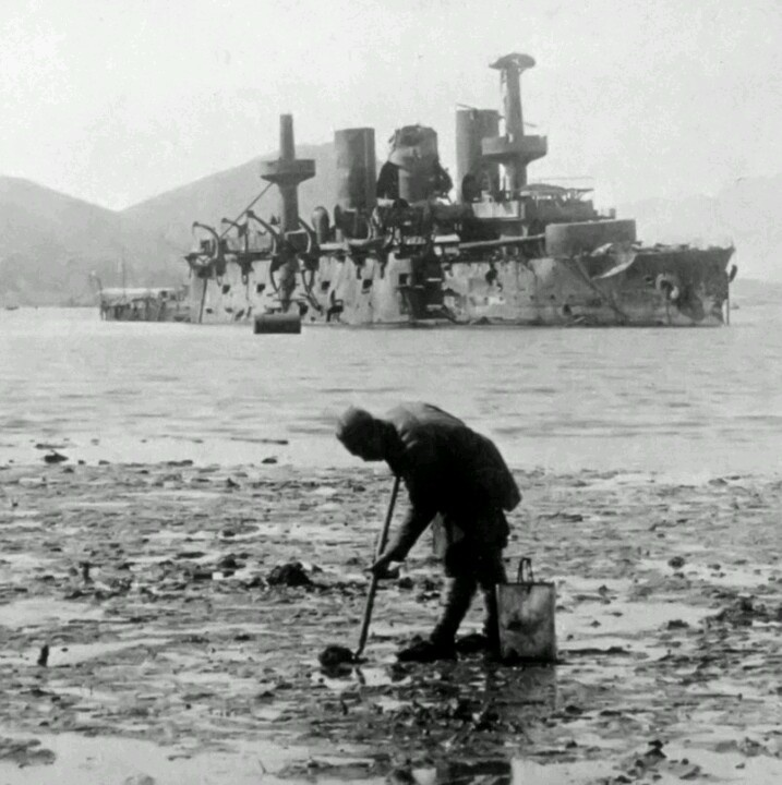 Sunken Russian ship at Port Arthur, in the aftermath of the Russo-Japanese War (日露戦争), 1904-1905.