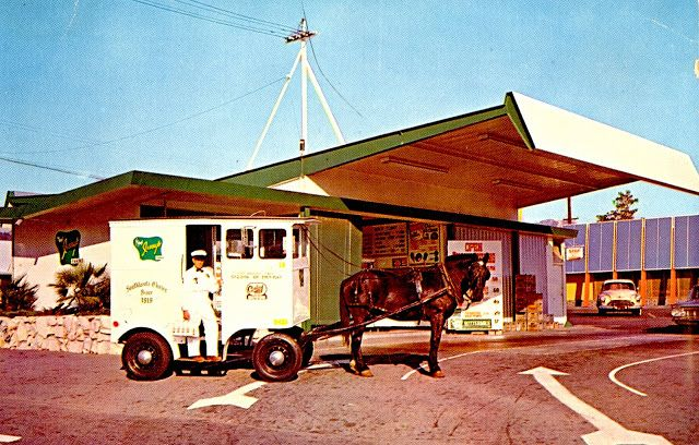 Jessup's Dairy, San Fernando Road, Glendale, California ~  So remember this location and the one just down the road from home on Sunland Blvd in Sunland, Ca. Wish we still had them!