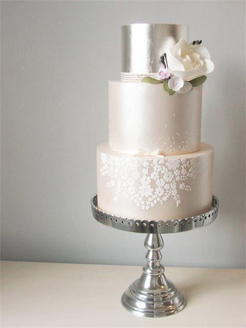 Metallic wedding cake trend