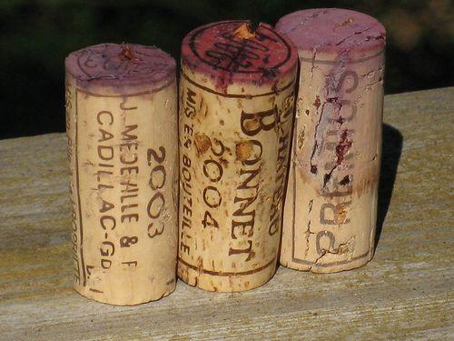 Le bouchon, à la fois tradition et en pleine révolution technique... #Bordeaux #wine #cork