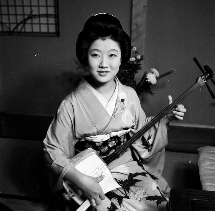 Японские гейши 2. Старинные фотографии японок XIX-XX веков | PostDefender
