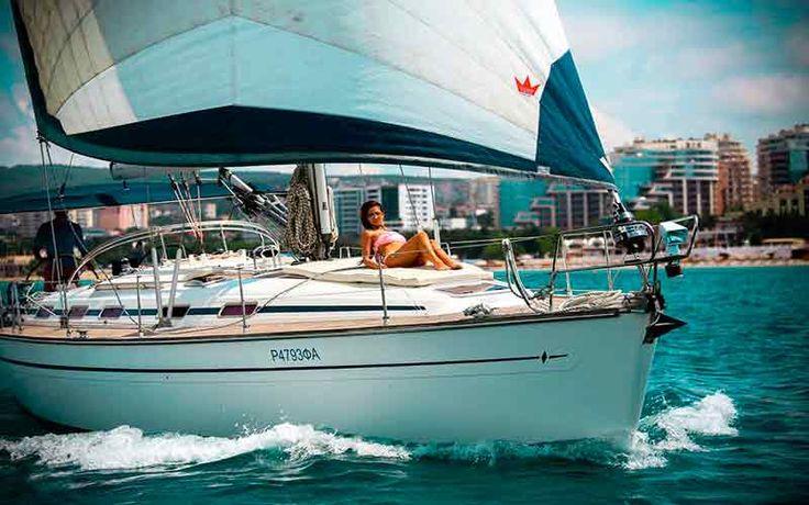 Аренда яхт Геленджик. Геленджик яхты. Яхты в Геленджике. Снять яхту в Геленджике. Аренда яхт в Геленджике от 4000 рублей по тел: 8-918-058-04-83