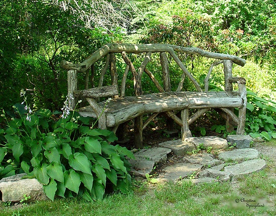 It looks like it's part of nature, you could sit here and feel at one with the world!