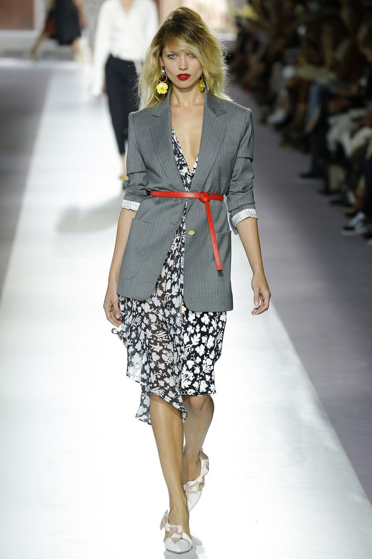 Topshop Unique Spring 2016 Ready-to-Wear Fashion Show - Imaan Hammam