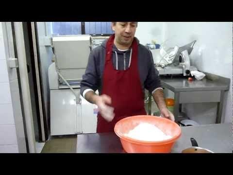 Crema Pasticcera - Ricette dolci - Come Preparare la Crema - Video Tutorial - YouTube
