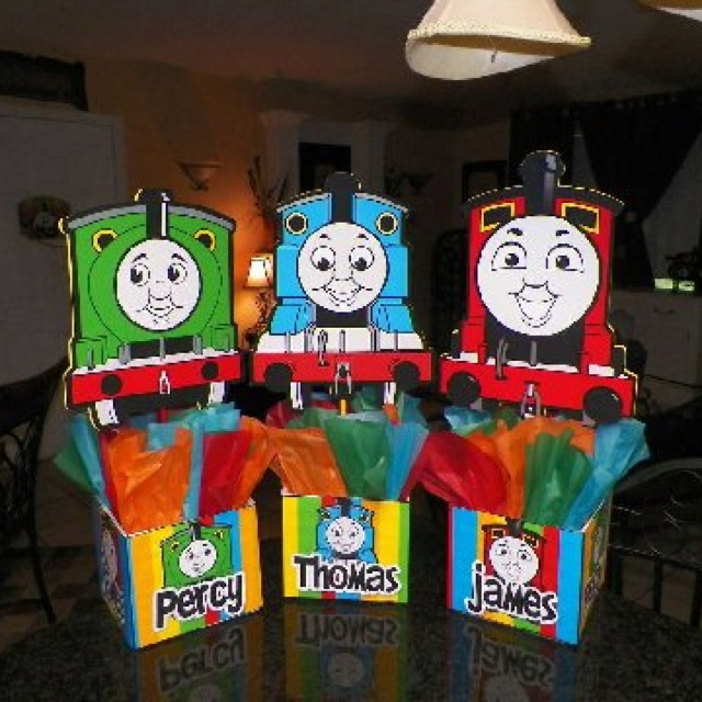 Thomas The Tank Birthday Party Centerpieces Playpatterns