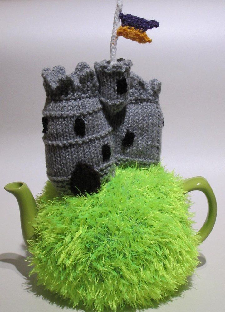 Medieval Castle Tea cosy http://www.loveknitting.com/catalog/product/view/id/167812