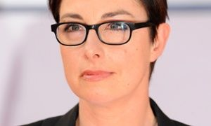 Sue Perkins is taking a break from Twitter after abuse following speculation she might front the BBC's Top Gear