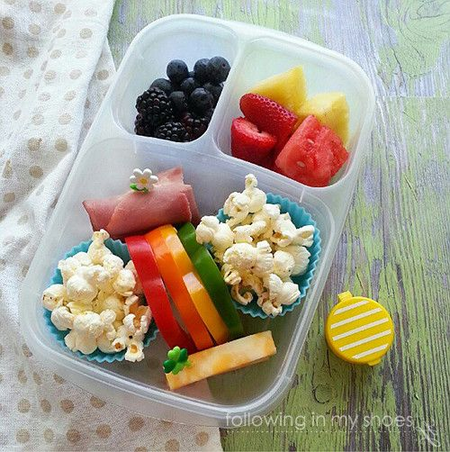 rainbow bento packed in an easylunchboxes easy lunch box lunches pinterest le 39 veon bell. Black Bedroom Furniture Sets. Home Design Ideas